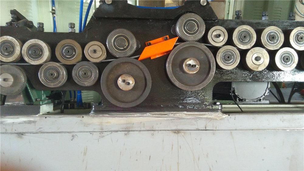 Automatisk omrörningsböjningsmaskin